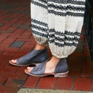 New Size 36 Free People Mont Blanc Black Sandals